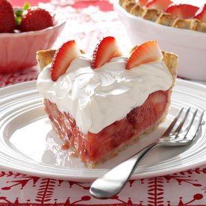 Fresh Strawberries & Amaretto Cream Pie Recipe