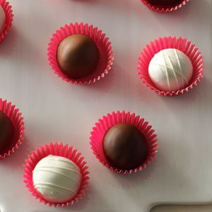 Red Velvet Cake Bites Recipe