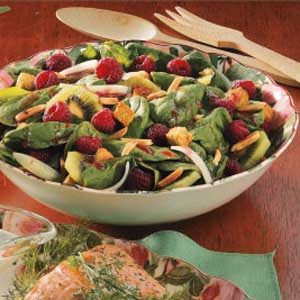 Spinach Raspberry Salad Recipe