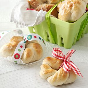 Pretzel Wreaths Recipe