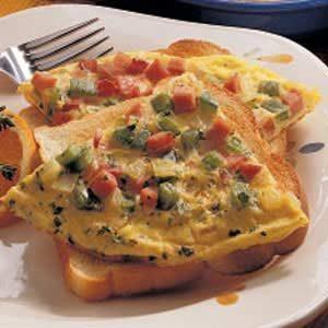 Western Omelet Sandwich Recipe