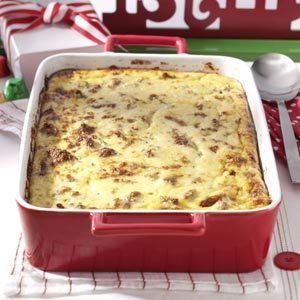 Cheese Grits & Sausage Breakfast Casserole Recipe