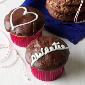 25 Recipes for Valentine Cupcakes