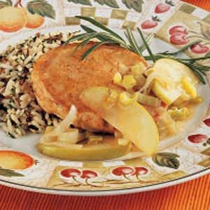 Apple-Leek Pork Chops Recipe