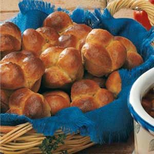 Honey Cloverleaf Rolls Recipe