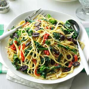 Linguine with Broccoli Rabe & Peppers Recipe