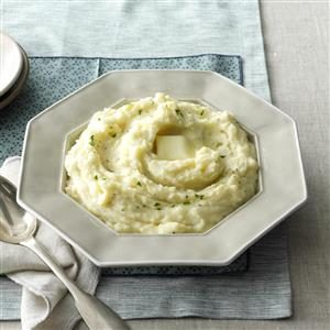 Oh-So-Good Creamy Mashed Potatoes Recipe