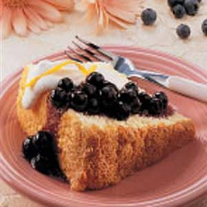 Sponge Cake with Blueberry Topping Recipe