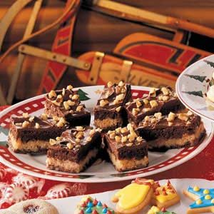 Fudgy Macaroon Bars Recipe