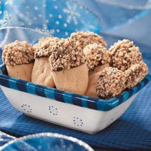 Chocolate-Dipped Peanut Logs Recipe