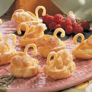 Wedding Swan Cream Puffs Recipe