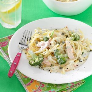 Creamy Salmon Linguine Recipe