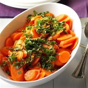 Honeyed Carrots with Citrus-Basil Gremolata Recipe