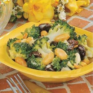 Sweet-Sour Broccoli Salad Recipe