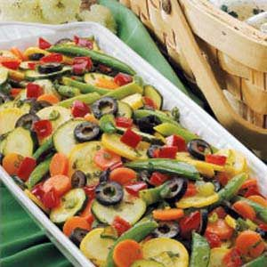 Colorful Summer Veggie Salad Recipe