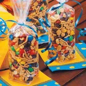 Crunchy Trail Mix Recipe