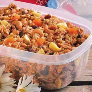 Fruit 'n' Nut Trail Mix Recipe