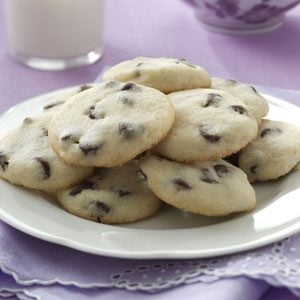 Kris Humphries' Mom's Small Chocolate Chip Butter Cookies Recipe