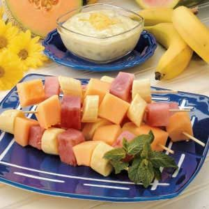 Fruit with Yogurt Sauce Recipe