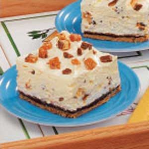 Creamy Candy Bar Dessert Recipe
