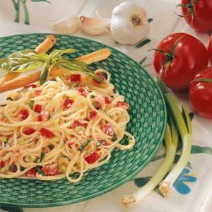 Linguine with Fresh Tomatoes Recipe
