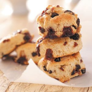 Cinnamon Chip Raisin Scones Recipe