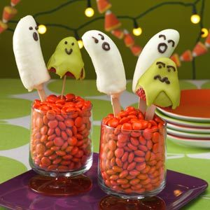 Banana Ghosts and Berry Ghouls Recipe