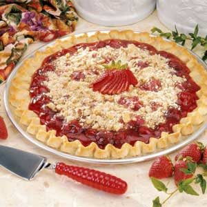 Streusel Strawberry Pizza Recipe