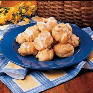 Golden Raisin Buns Recipe