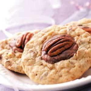 Pecan Chocolate Puddles Recipe