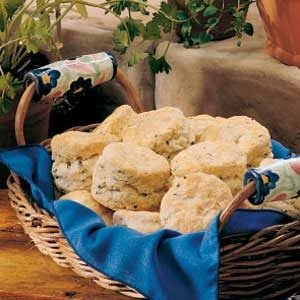 Sour Cream 'n' Chive Biscuits Recipe