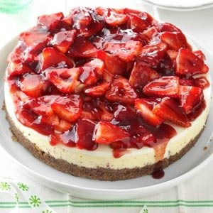 Glazed Strawberry Cheesecake Recipe