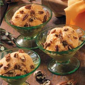 Pumpkin Pecan Frozen Yogurt Recipe