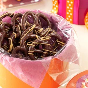Peanut Butter Chocolate Pretzels