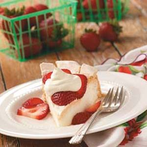 Schaum Strawberry Torte Recipe