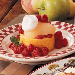 Raspberry Pear Shortcake