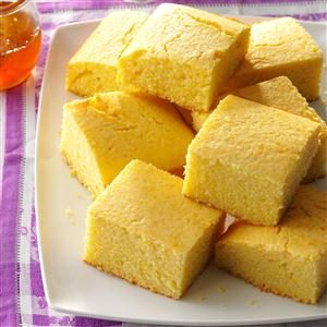 Moist & Sweet Corn Bread Recipe