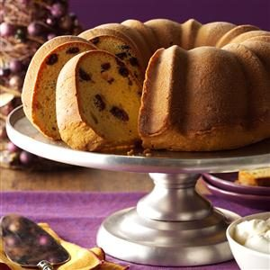 Holiday Cranberry Eggnog Cake Recipe