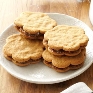 Date-Filled Sandwich Cookies Recipe