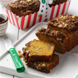 Pumpkin Bread with Gingerbread Topping Recipe
