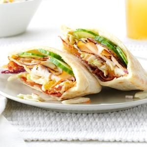 Turkey Pitas with Creamy Slaw Recipe