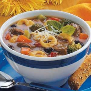Beef 'n' Bean Tortellini Soup Recipe