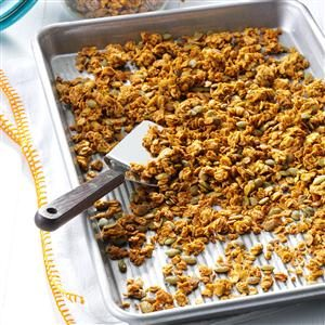 Pumpkin Pie-Spiced Granola Recipe