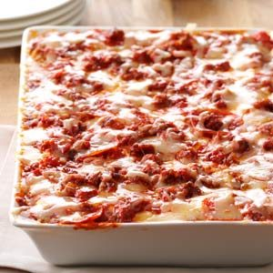Sausage & Pepperoni Pizza Lasagna Recipe