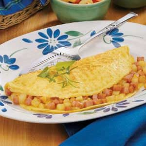 Hearty Ham and Potato Omelet Recipe