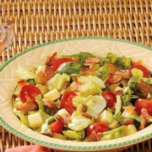 Cheesy BLT Salad Recipe