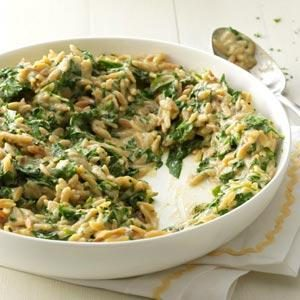 Creamy Roasted Garlic & Spinach Orzo Recipe