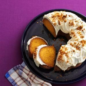 Gingersnap Pumpkin Cake Recipe