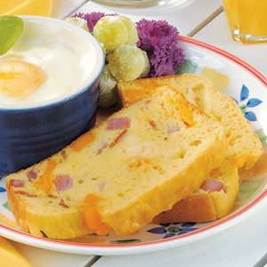Ham 'n' Cheese Egg Loaf Recipe