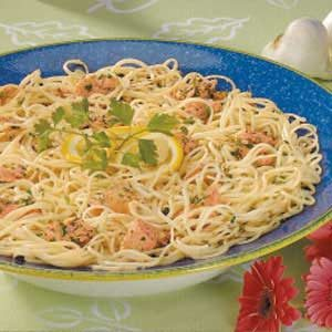 Garlic Salmon Linguine Recipe